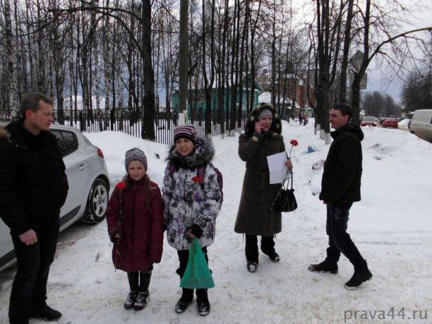 image akciya_8_marta_sharya_avtoshkola_gibdd_22-jpg