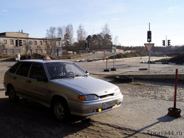 image sharya_avtoshkola_vozhdenie_avtodrom_08-jpg